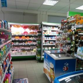 Продуктовый магазин около Павелецкого вокзала