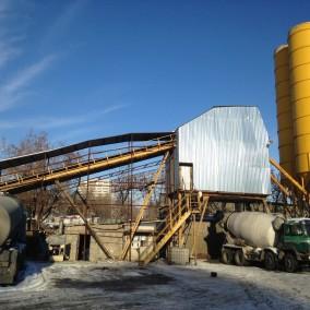 Завод по производству бетона возле ТТК