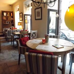 Кафе-магазин продуктов с долгосрочной арендой и лицензией