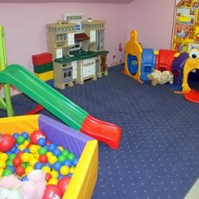Развивающий детский центр в густонаселенном районе